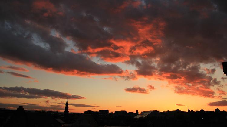 8 suburban sunset glasgow
