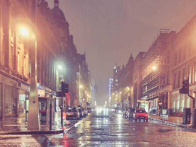 22 rainy high street