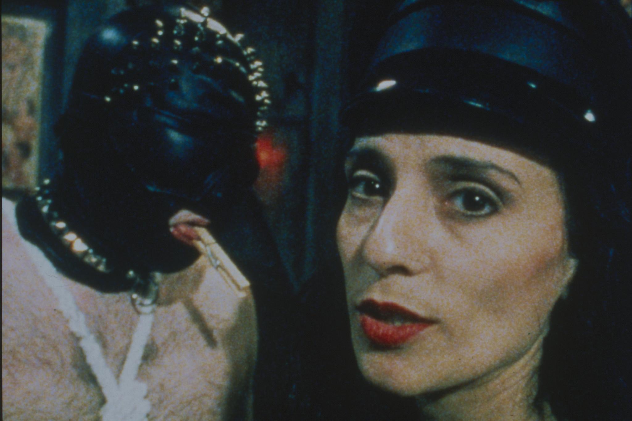 Fetishes (1996)