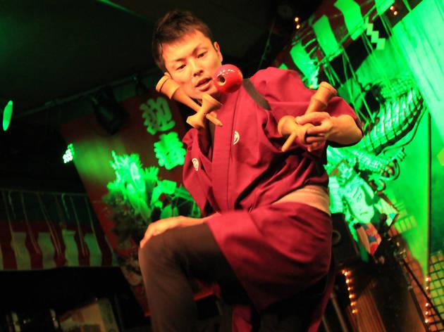 Kendama-Shi Yusuke Ito in Malaysia