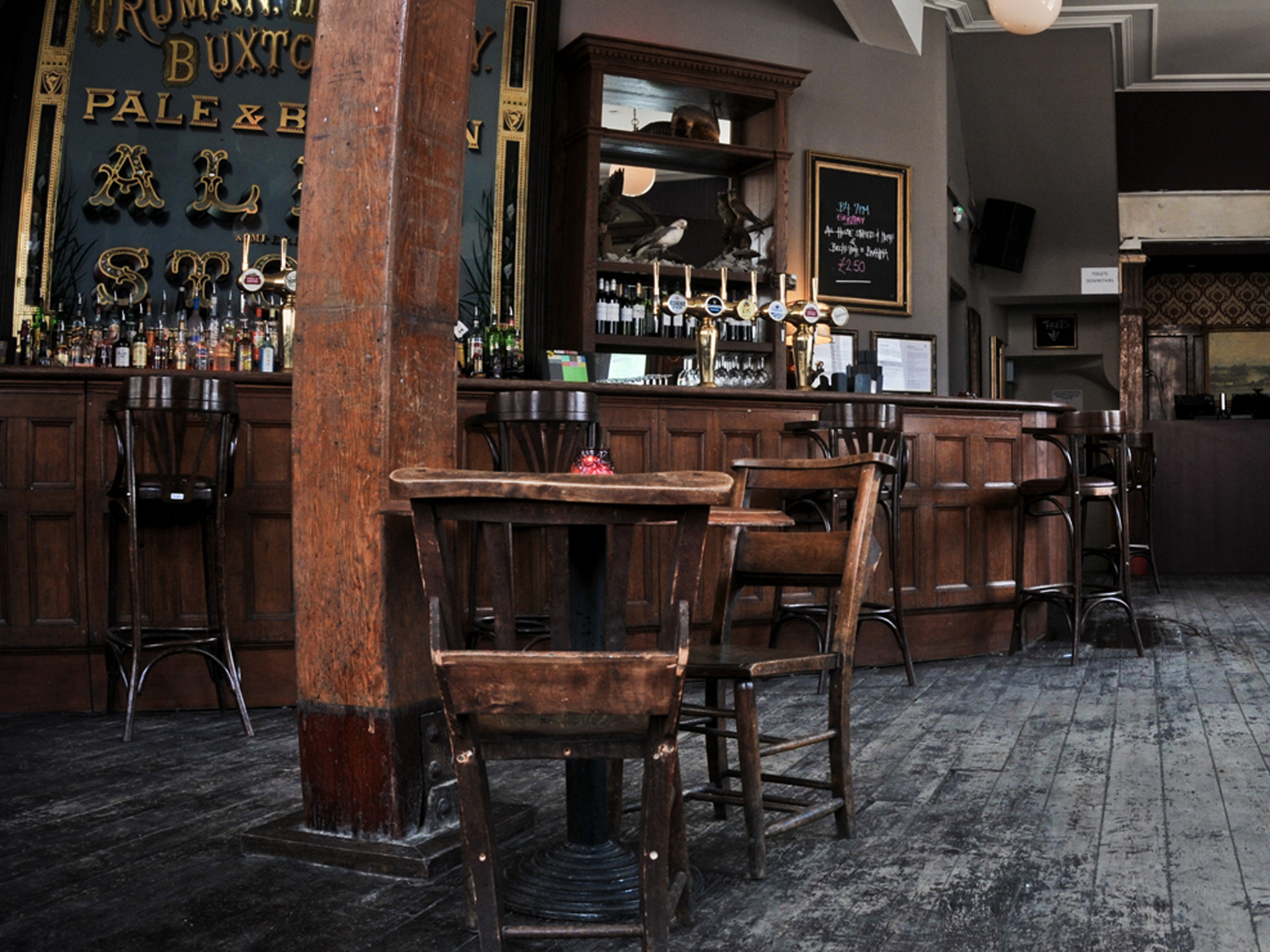 The 100 best bars and pubs in London - Old Blue Last, Shoreditch