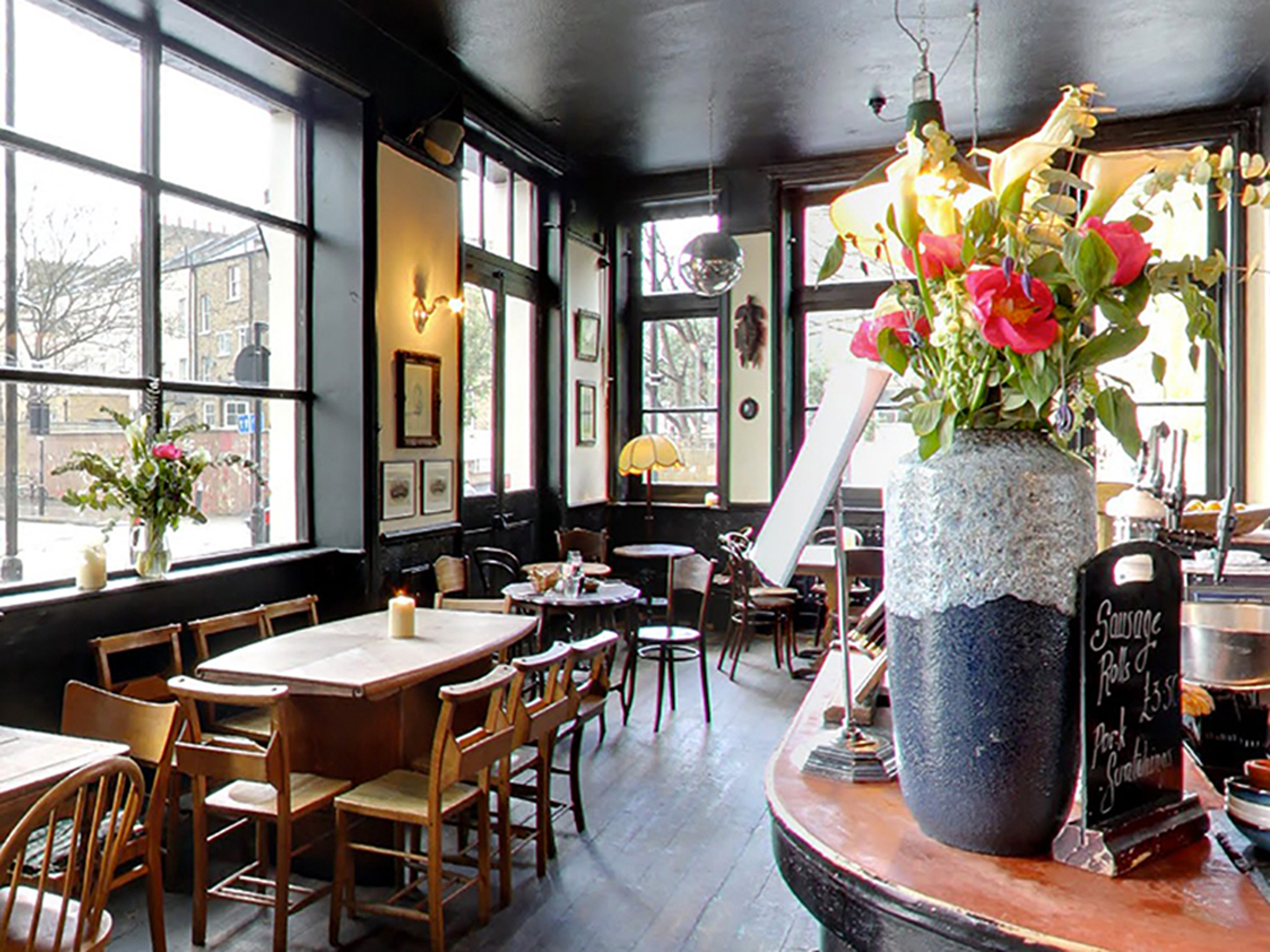 The 100 best bars and pubs in London - Spurstowe Arms, Hackney