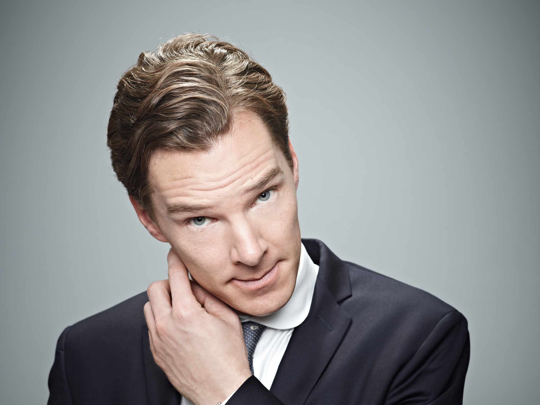 Benedict Cumberbatch stars in 'Letters Live'