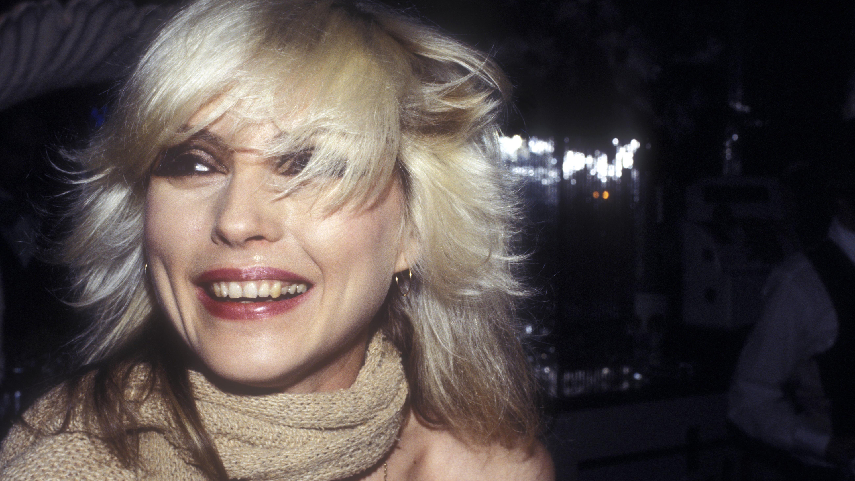 Check Out These Amazing Vintage Photos Of Debbie Harry In