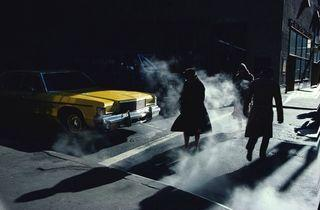 Ernst Haas ('Crosswalk', New York, 1980 / © Ernst Haas / Courtesy Les Douches La Galerie / Ernst Haas Estate )