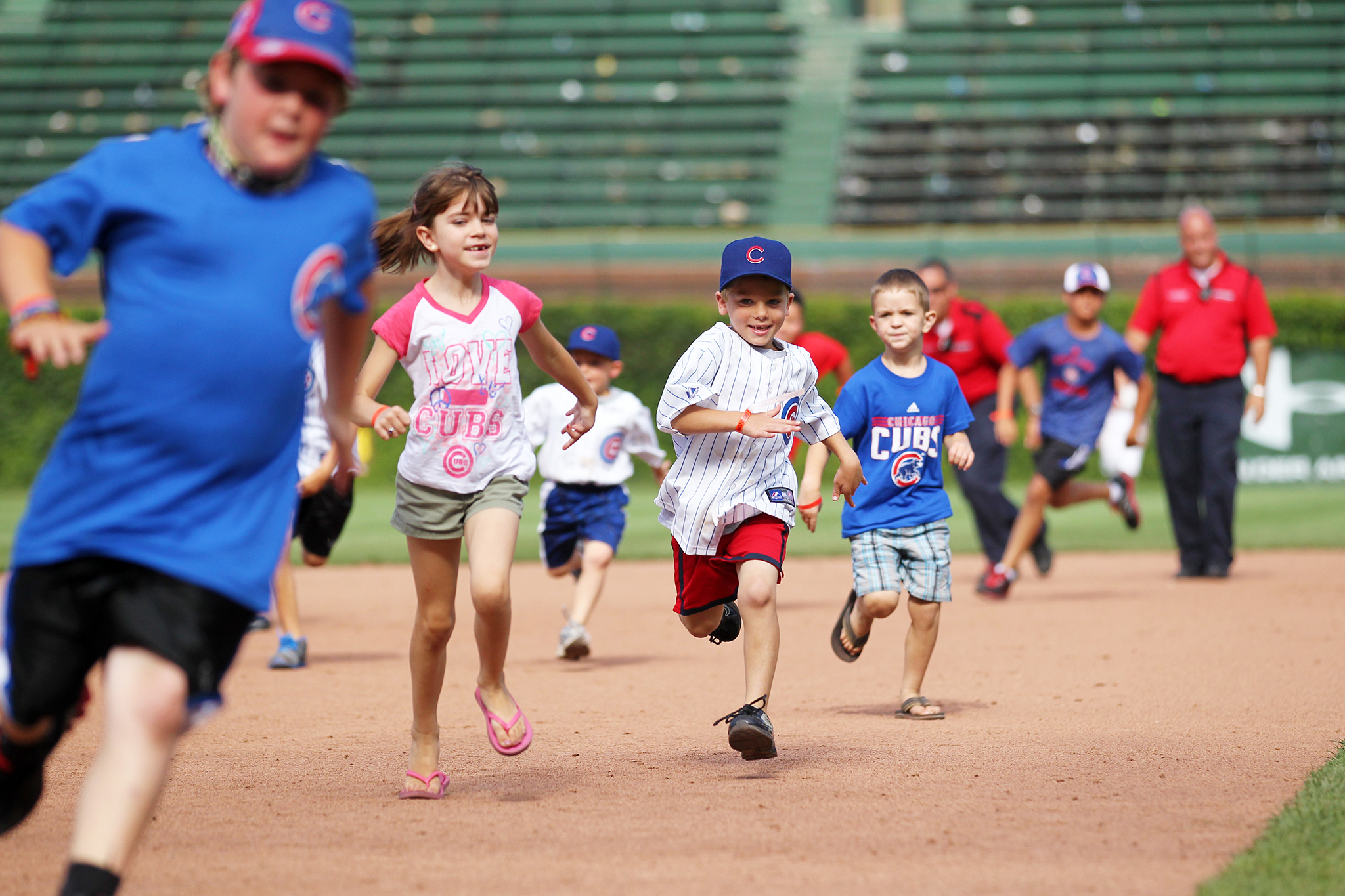 Run the bases at Wrigley Field