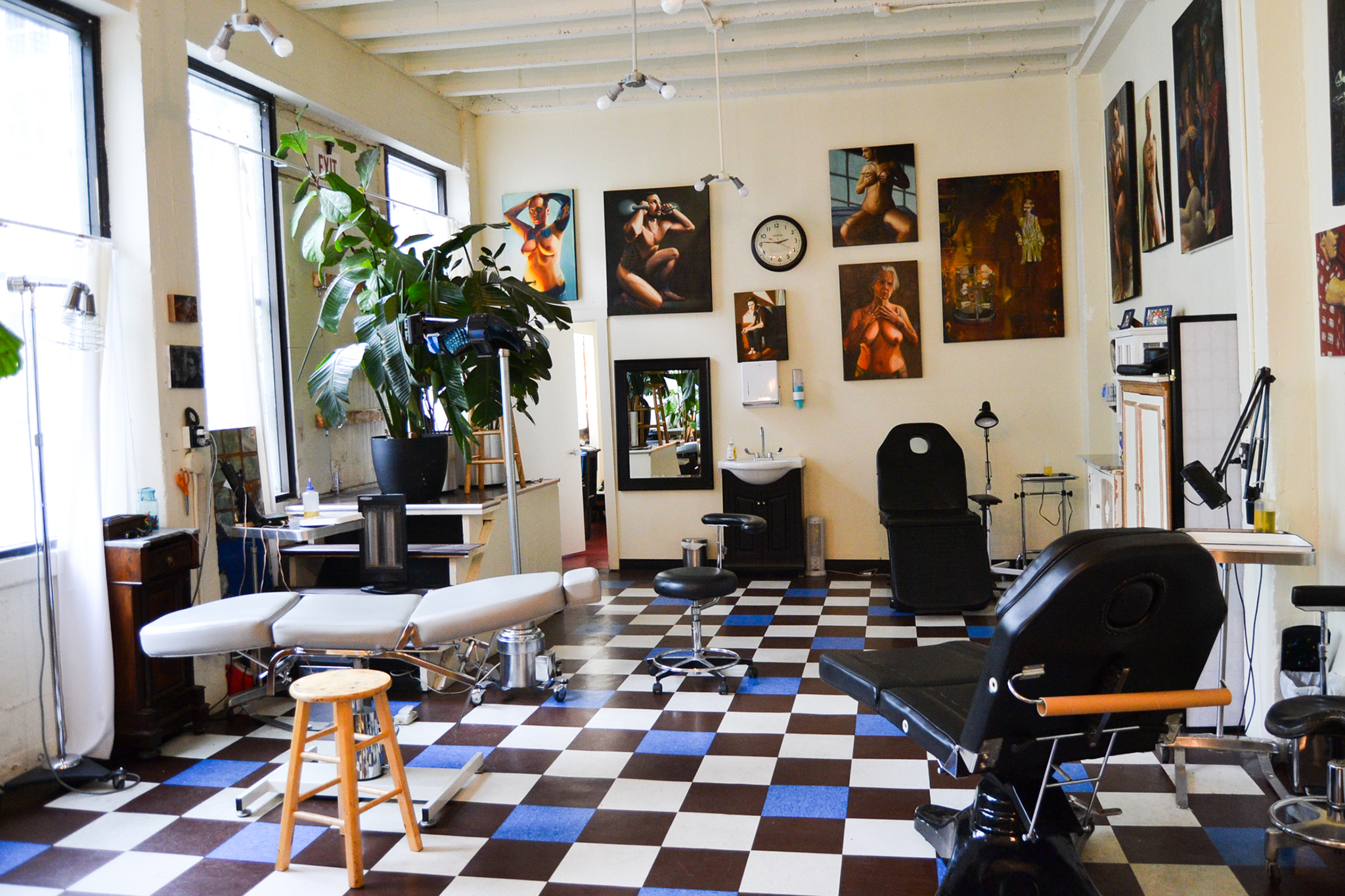 Best tattoo shops in san francisco for tattoo art and for Tattoo shop design