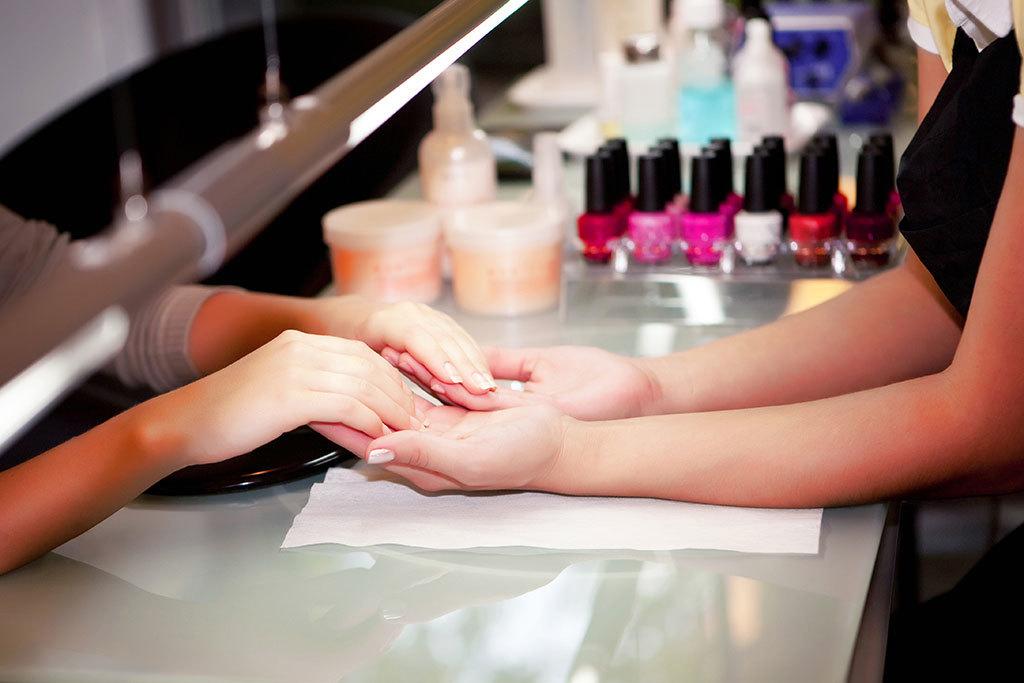 Pure Nail Salon