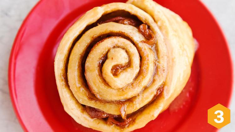 Cinnamon roll con tocino (Foto: Alejandra Carbajal)