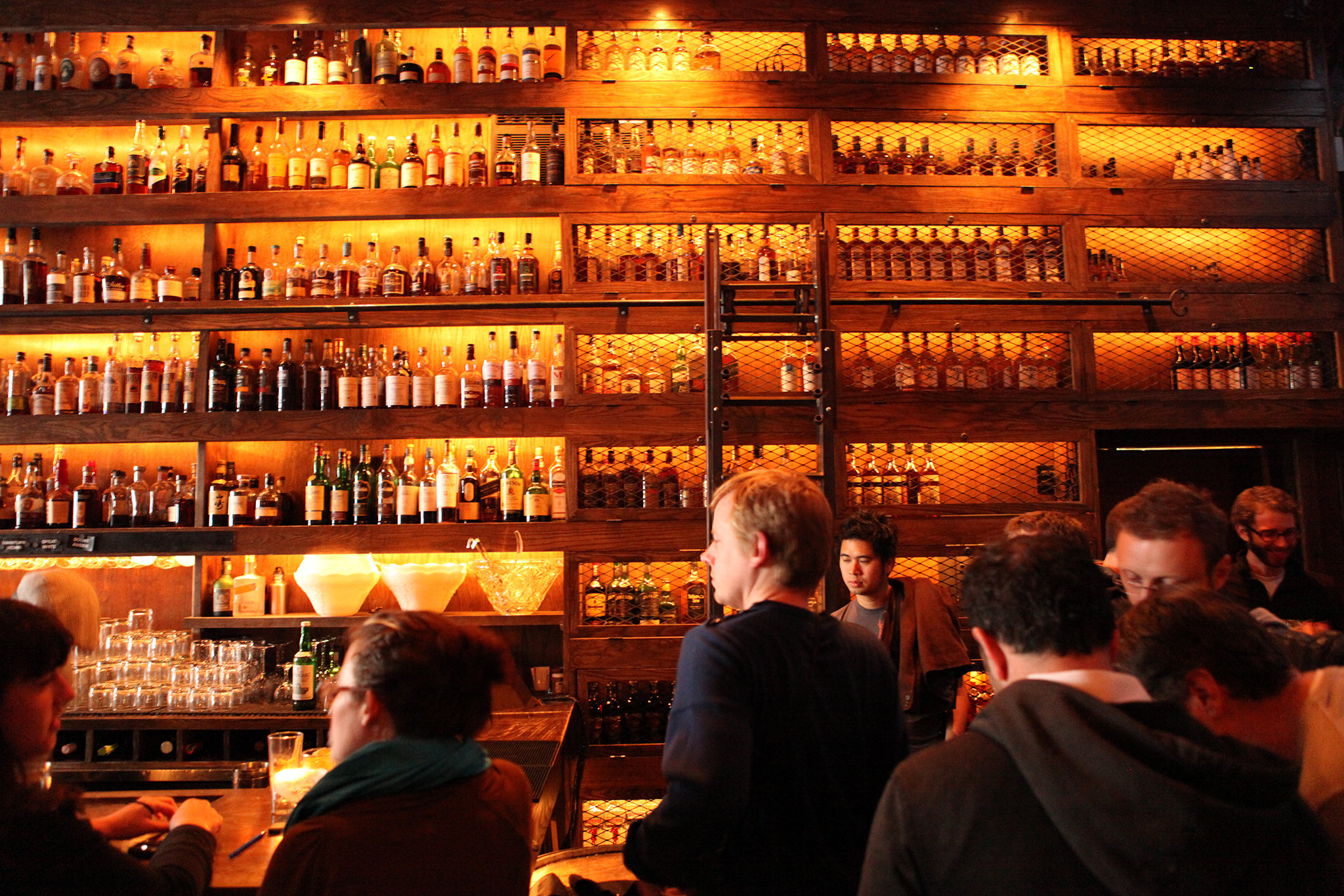 Best Whiskey Bars In San Francisco For Brown Spirits Lovers
