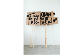 (Placards Notes on Protesting (2014) Peter Liversidge with Marion Richardson School, London (Classes 3H and 3B). © Peter Liversidge)
