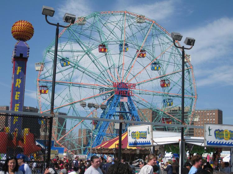 El parque de atracciones Wonder Wheel