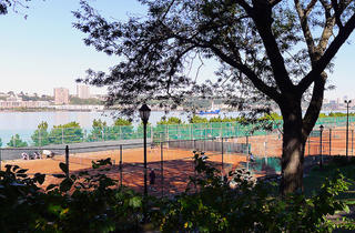 Riverside Park Clay Tennis Courts