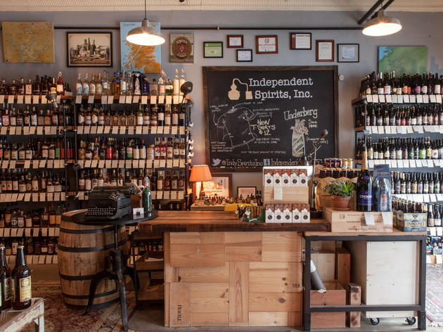 Best Liquor Stores In Chicago For Beer Wine And Spirits