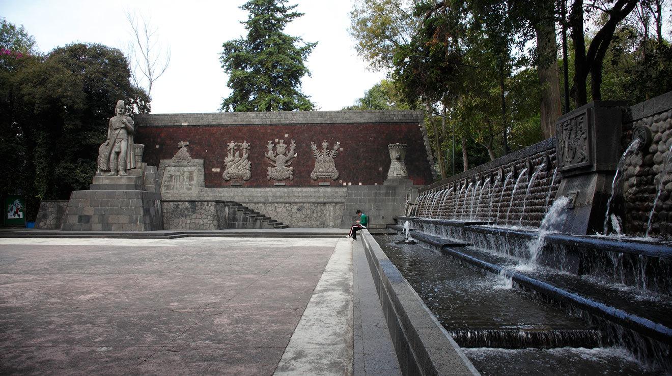 Prados entre la fuente de Xochipilli y la fuente de las Ninfas