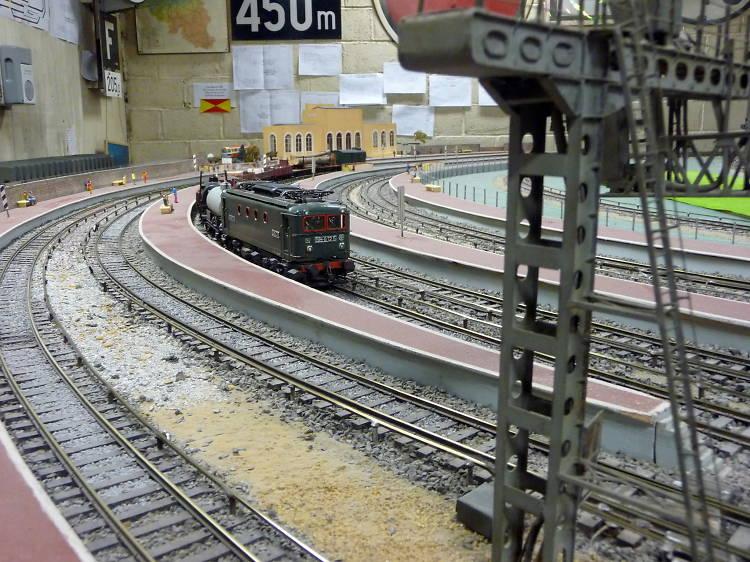 Le petit train de la gare de l'Est