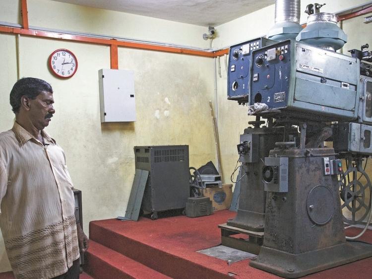 KL's old cinemas: A long goodbye