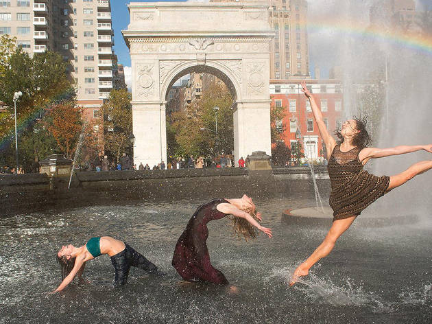 Emily Bowen, Katelyn May, Elise Elliott, Washington Square Park