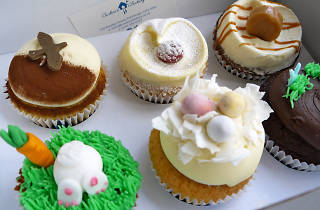 easter cakes from lovecrumbs