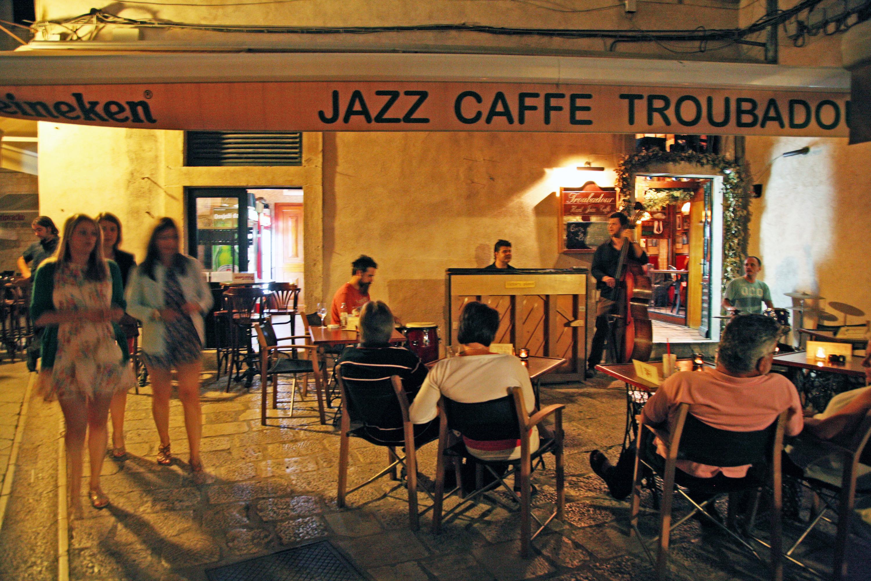 Hard Jazz Caffe Troubadour