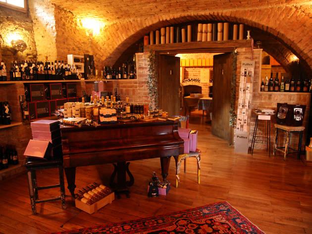 bornstein, popular venues, kaptol, zagreb, croatia