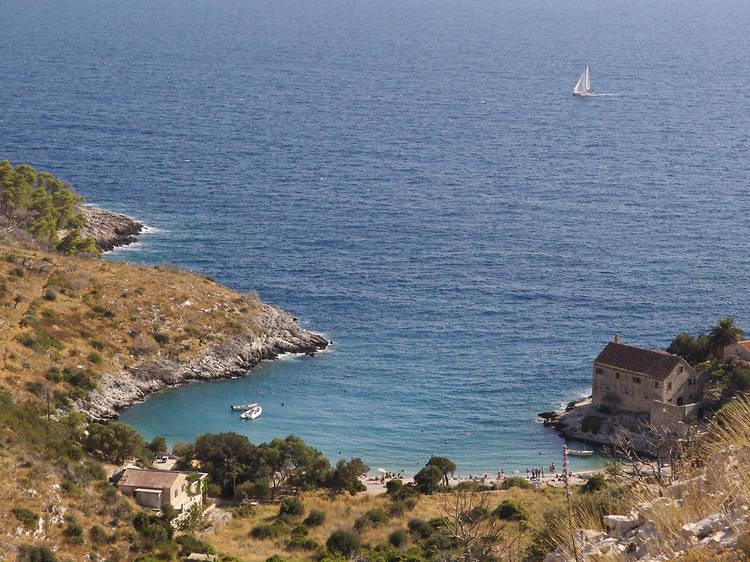Uncover historic sea wrecks