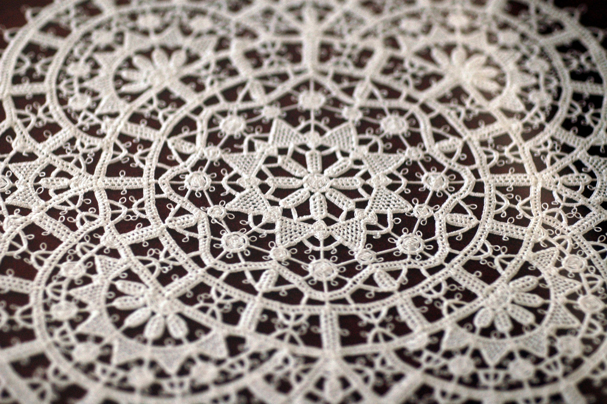 Pag lace