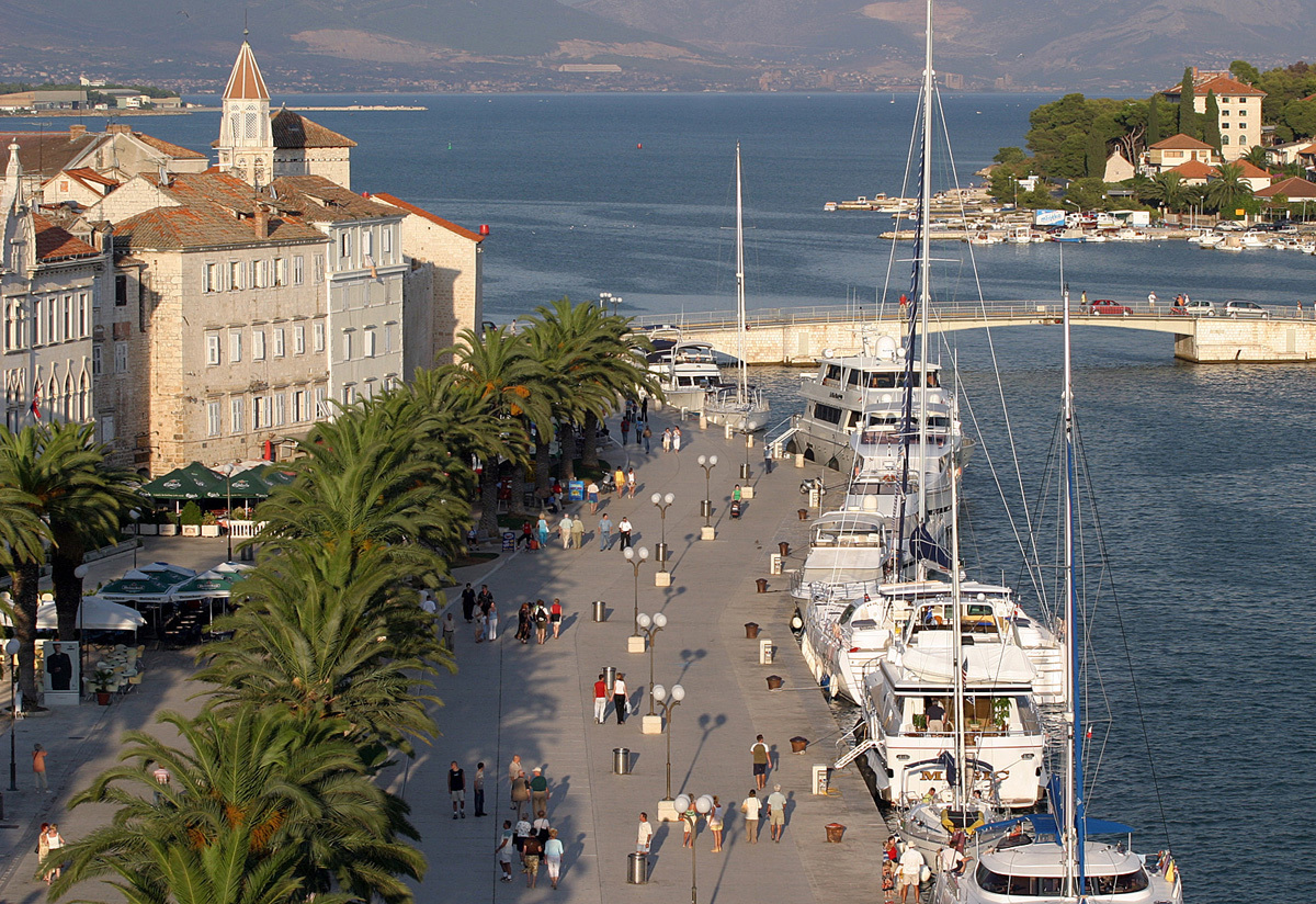 Trogir travel guide