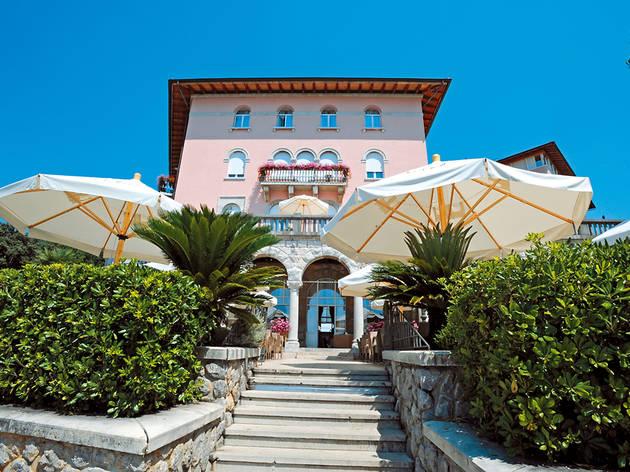 Opatija hotel guide