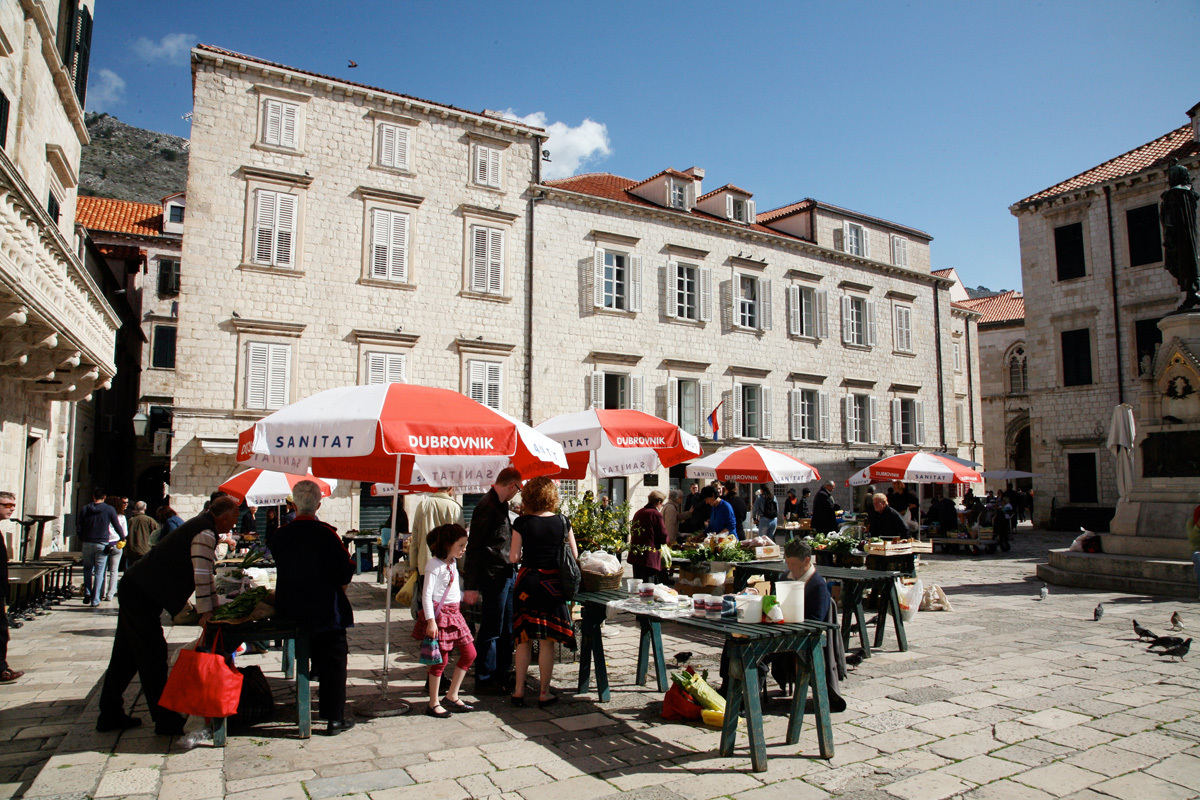 Browse the market in the Old Town