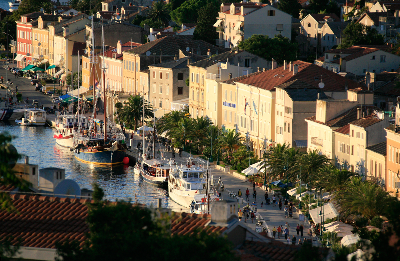 Lošinj travel guide