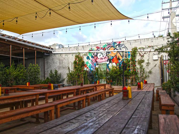 The Butcher Shop Beer Garden & Grill, Miami