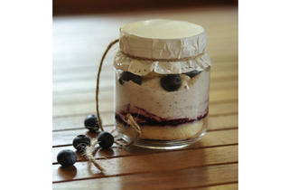 Grin Affair - Honey lavender with blueberries