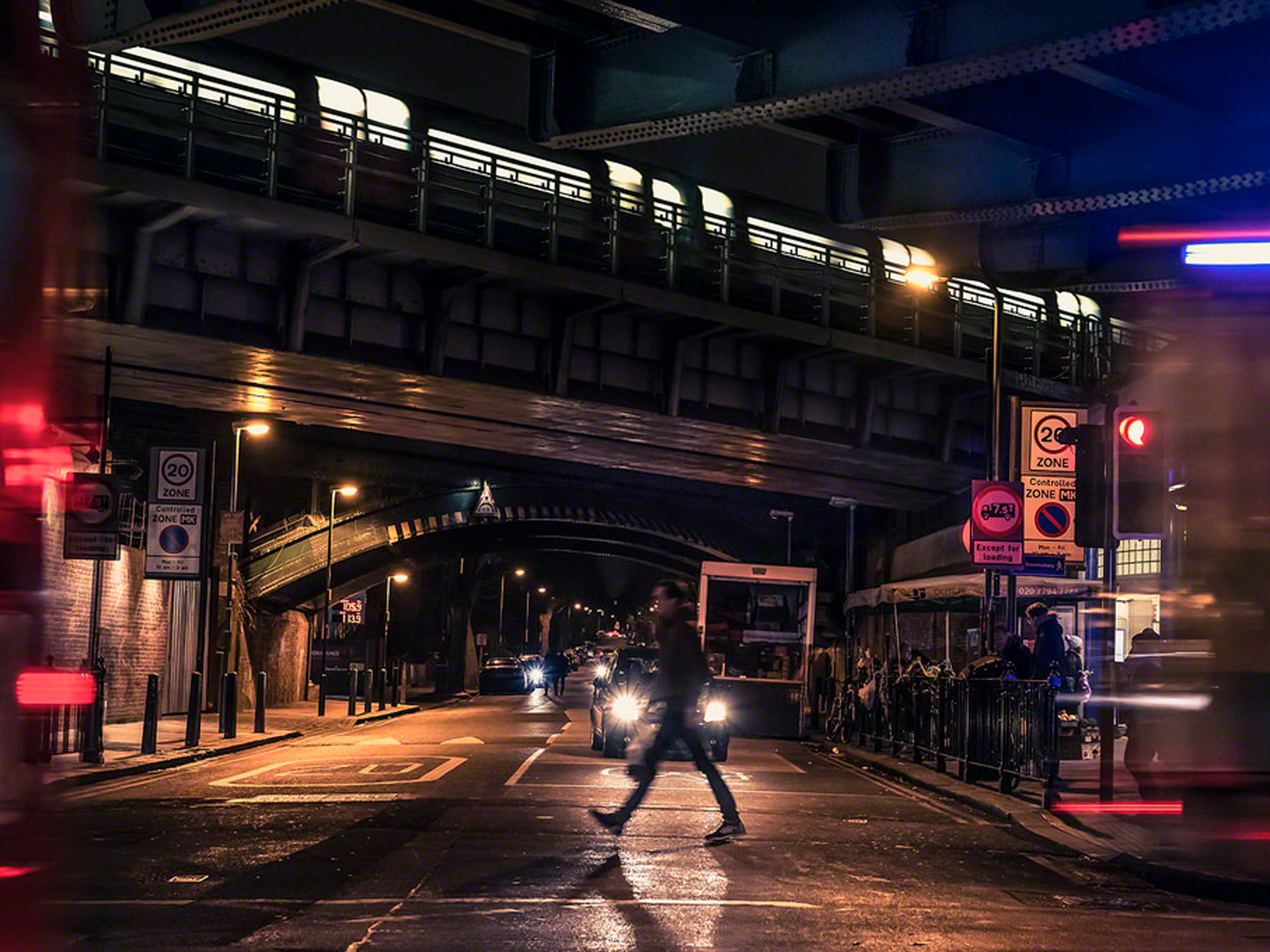 Train going over a London bridge