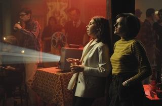 Zosia Mamet as Joyce Ramsey and Elisabeth Moss as Peggy Olson - Mad Men - Season 4, Episode 4 - Photo Credit: Michael Yarish/AMC