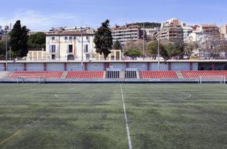 (Camp Municipal de Futbol Guinardó )