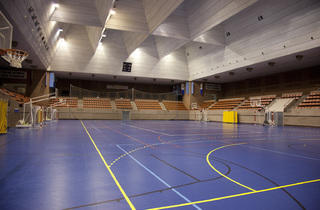 (Centre Esportiu Municipal Vall d'Hebron Olímpics)