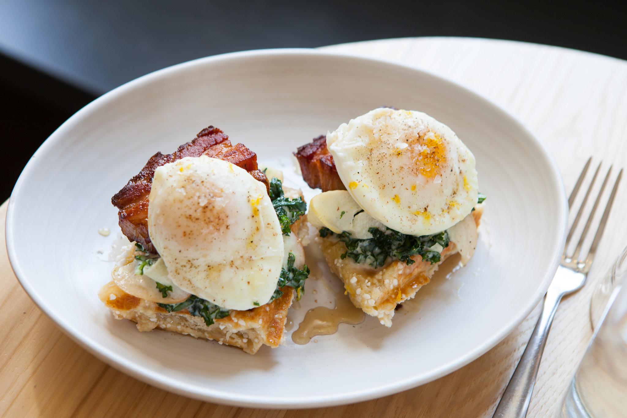Winchester eggs benedict