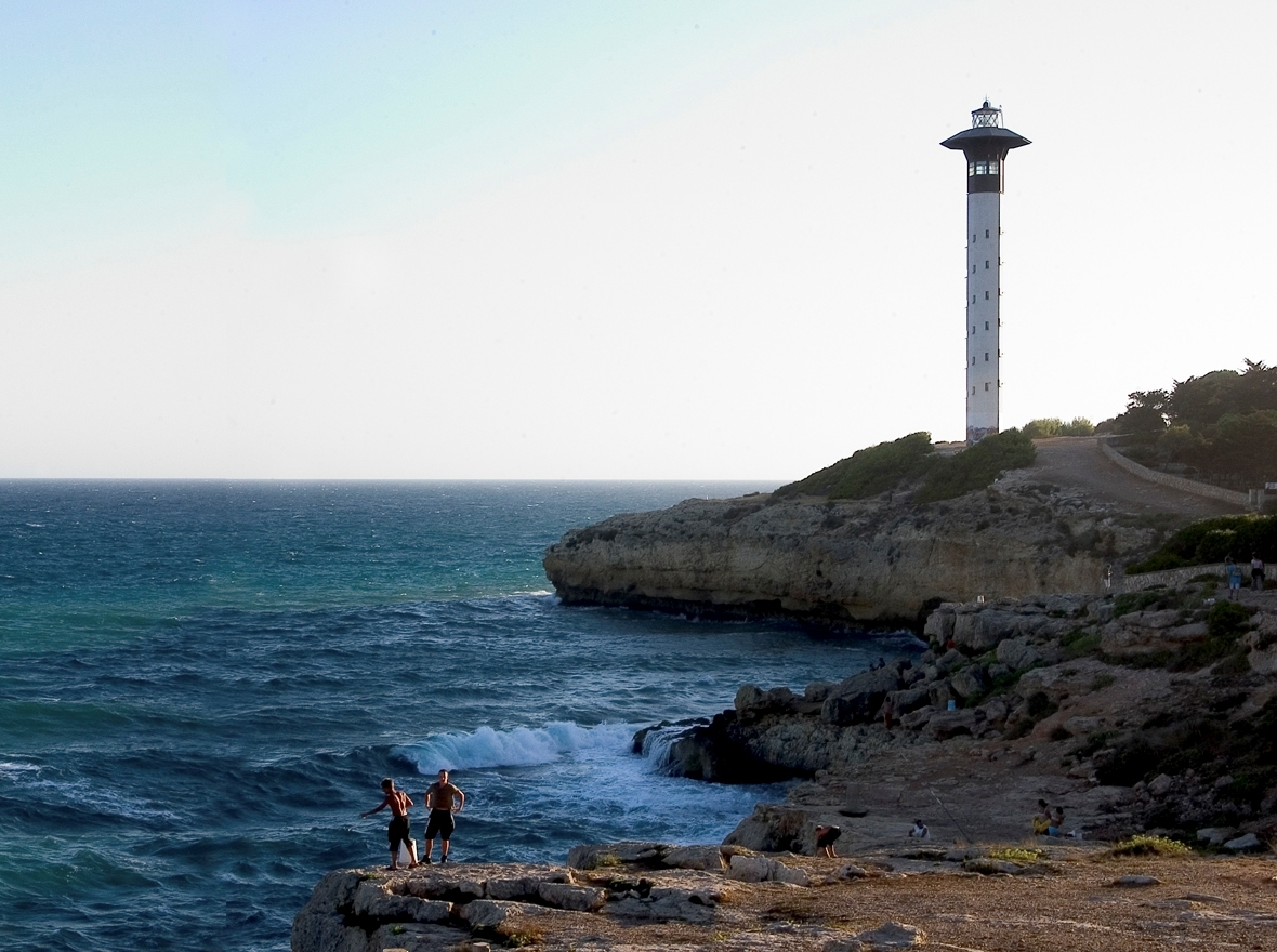 Morning day 2: Torredembarra lighthouse
