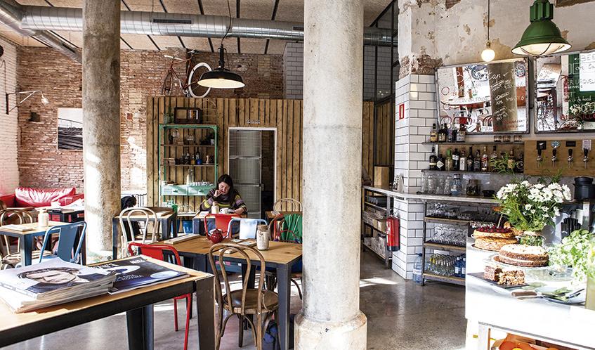 10 Lugares Para Leer Y Tomar Un Caf 233 En Barcelona