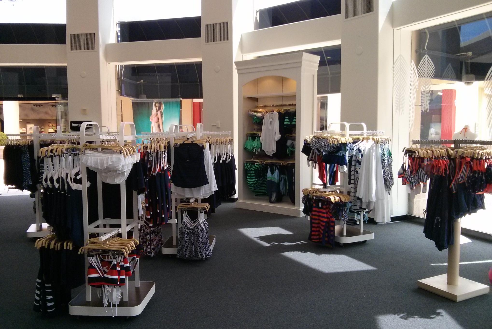 Fashion island pet store 5
