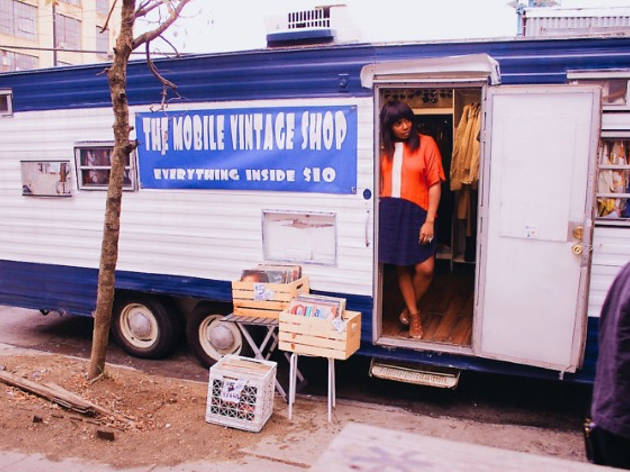 Mobile Vintage Boutique