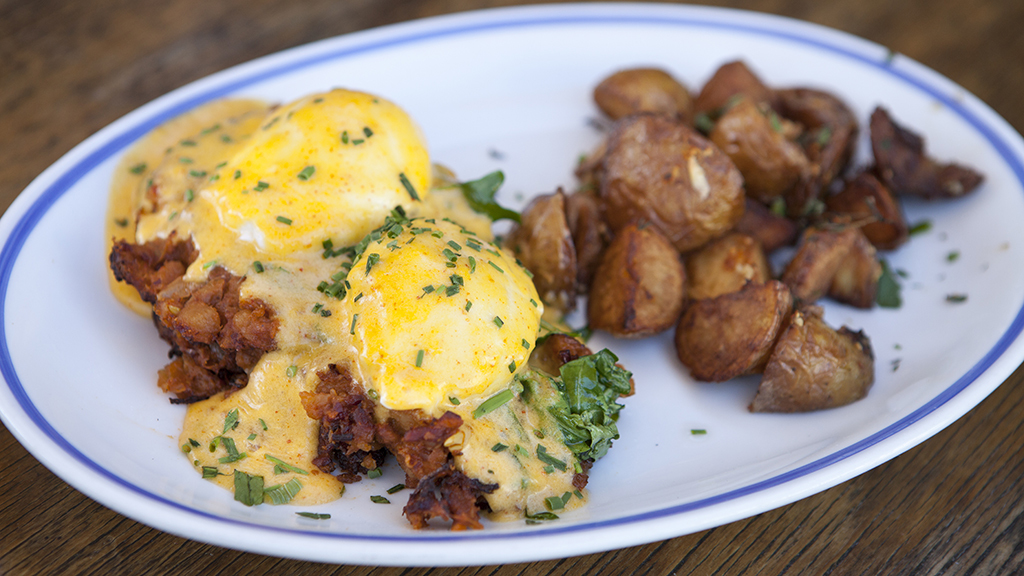 9 must-try eggs Benedict dishes