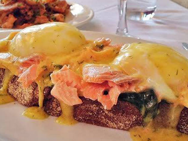 Smoked salmon Benedict at Joe's Restaurant