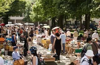 Barfüsserplatz Flea Market