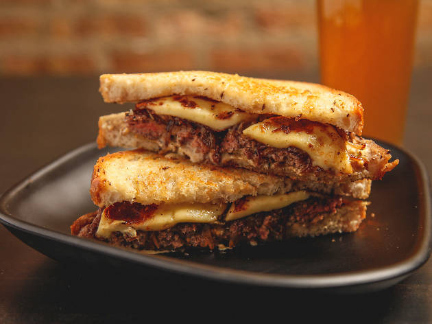 Hamburger sandwich at Duck Inn