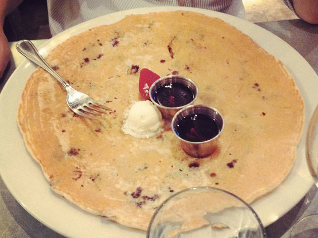 Blueberry pecan pancake at Hash House A Go Go