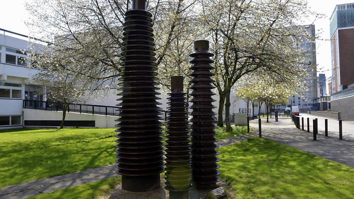 Insulator Family - Manchester public art