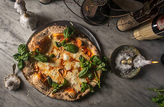 LUCALI basil pizza