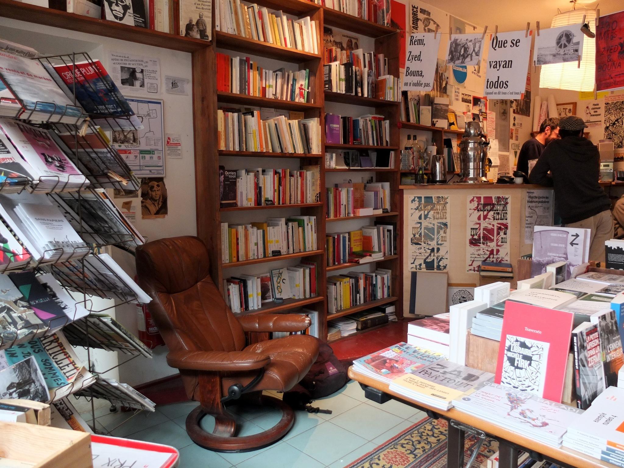 Traité de savoir-vivre à l'usage des jeunes générations • Café-librairie Michèle Firk